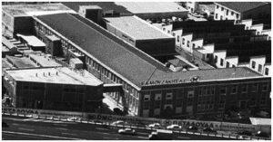 """Το εργοστάσιο """"Κλωστές Πεταλούδα"""" επί του Κηφισού"""